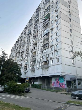 Русановка Бульвар Давыдова (Игоря Шамо) 10  2-х комнатная квартира