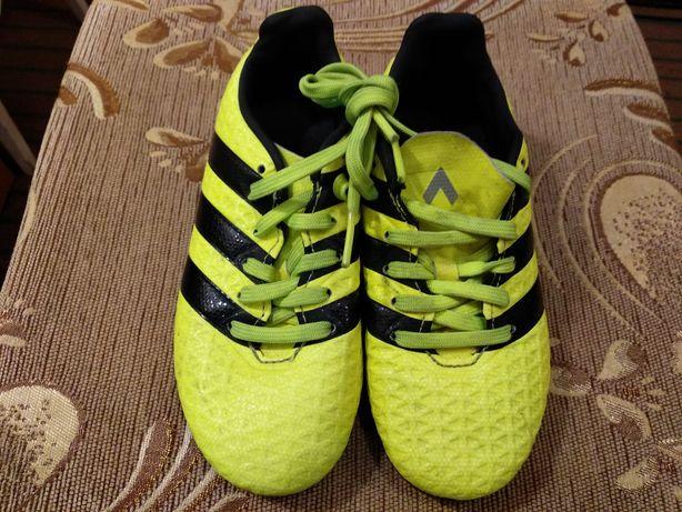 Копки adidas кросівки для футболу
