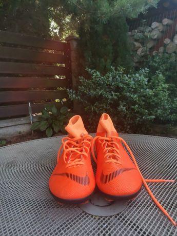 Buty piłkarskie nike mercurial