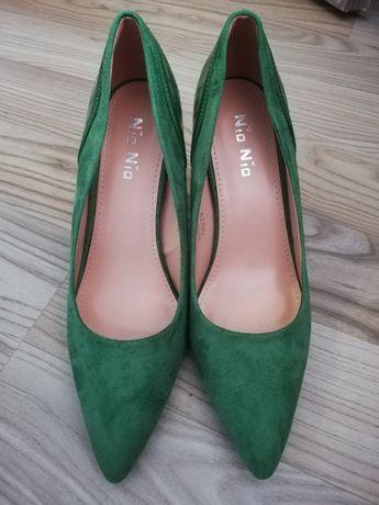 Czòłenka buty pantofle nowe 40 zielone