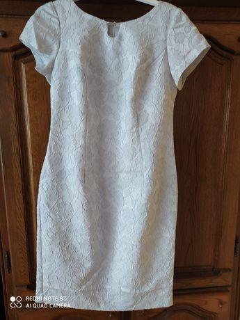 Sprzedam sukienkę rozmiar 42