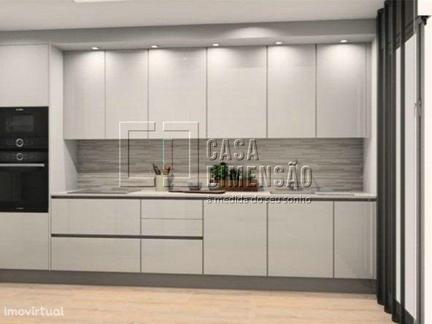 Apartamento T2 com Terraço e garagem na Serra de Carnaxid...