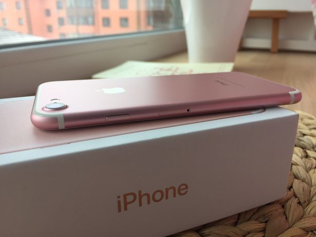 IPhone 7 Rose Gold с памятью 128gb