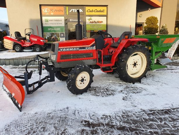 Traktor YANMAR F22 4x4 diesel 25KM pług śnieżny solarka amazone E+S300