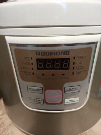 Мультиварка Redmond RMC-4503 новая