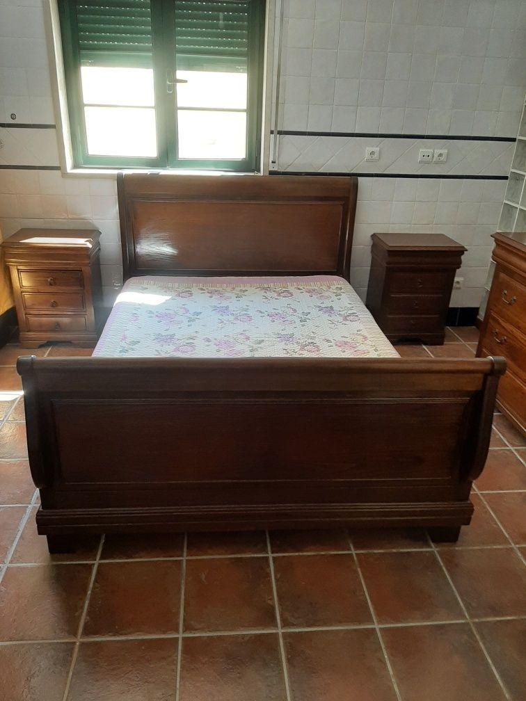 Mobília de Quarto Madeira Carvalho