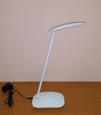Продается настольная лампа для школьника