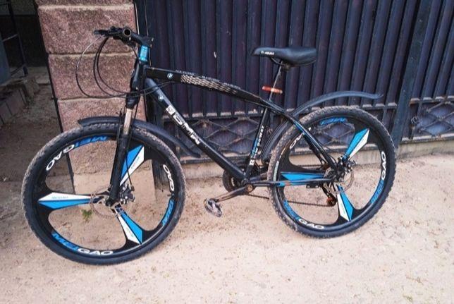 Продам велосипед бмв