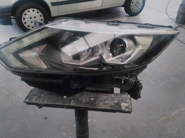 Farol LED Qashqai J11