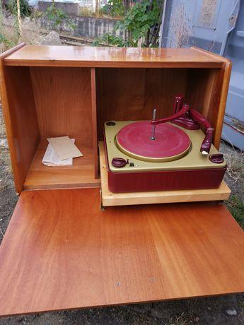 Gramofon RCA sprzedam