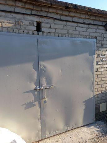 Продам приватизований цегляний гараж