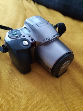 Aparat fotograficzny Lustrzanka analogowa OLYMPUS IS-200