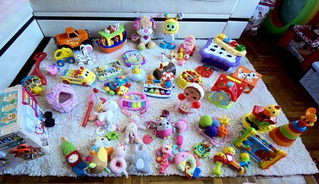 Пакет игрушек 0-18 (игрушки, каталка, машинка, ноев ковчег, бибо)