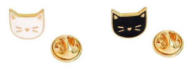 PIN WPINKA przypinka znaczek kocia glowa czarna biała