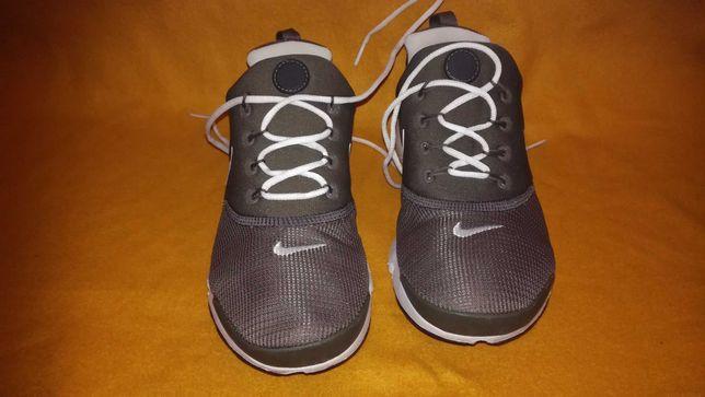 Buty Nike 38,5(24,5cm) Presto Fly