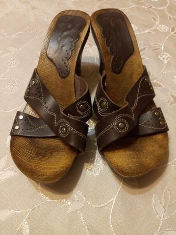 Sandałki na pasek drewniane rozmiar 37