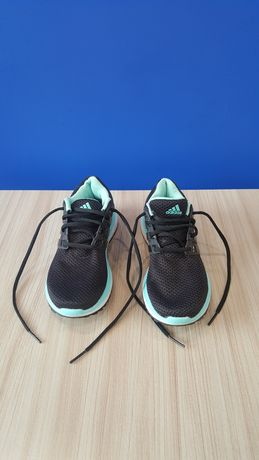 Buty Adidas ENERGY CLOUD WTC do biegania