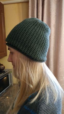 Теплая шапка двойная, темно-зеленая