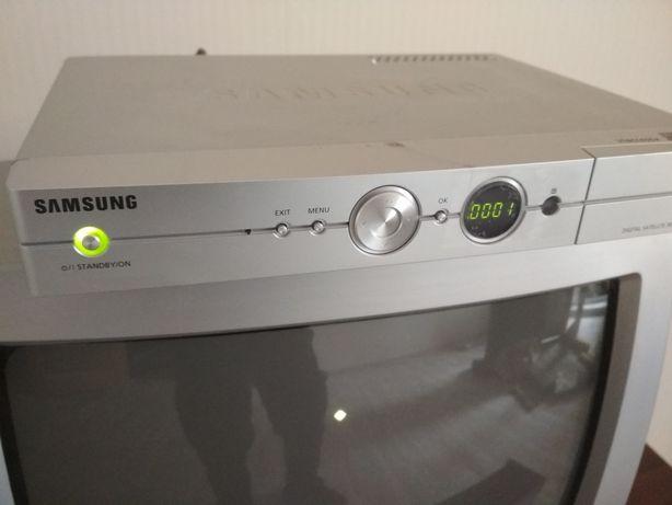 Цифровой спутниковый ресивер Samsung DSB-S300V