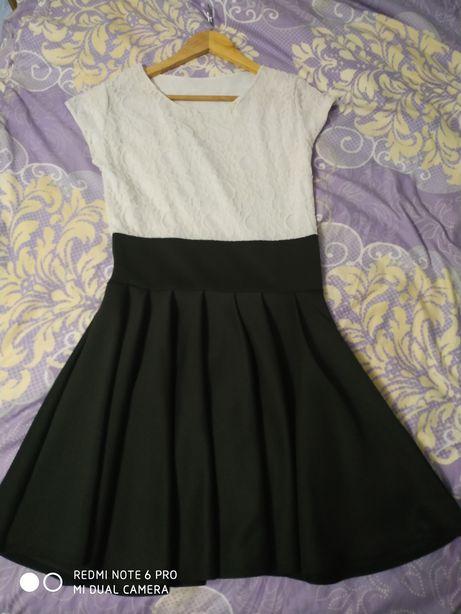 Sukienka rozkloszowana galowa koronka biała czarna S/M Nowa