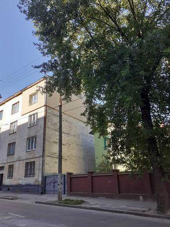Земельна ділянка + будинок, вул. Антоновича, підійде під новобуд, 580т