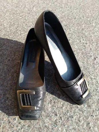 Szare buty rozm. 37