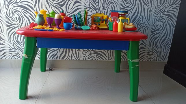 Mesa de cozinha WAR