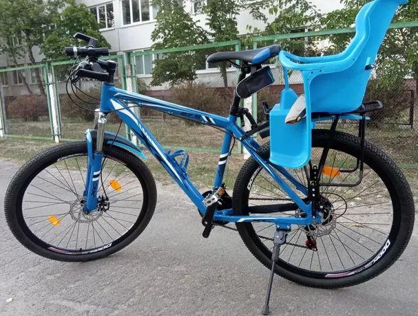 Велосипед с детским креслом + шлем. Велосипед с багажником для ребенка