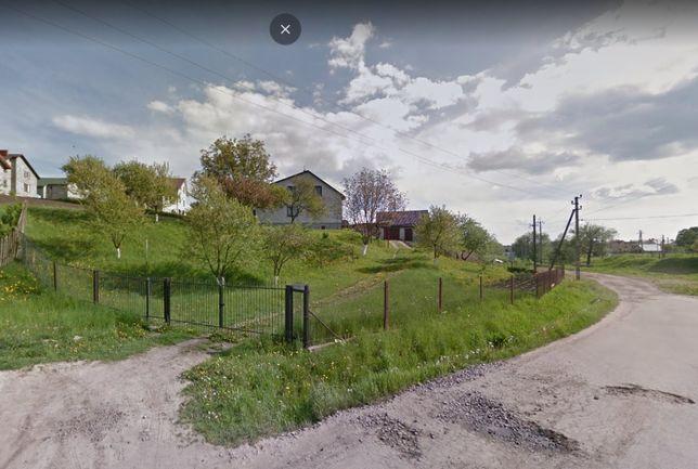 Продам зем. ділянку в центрі Брюхович 13 сот. 90000у.о.