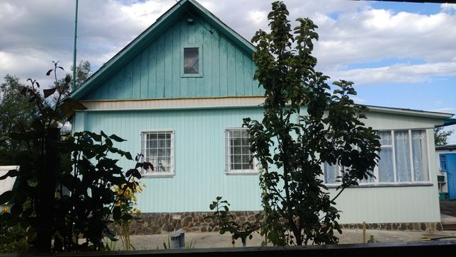 Дом в с.Кухари 60 км от Киева