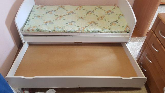 Ліжко для немовлят та підросткове,розміром 1.5×80