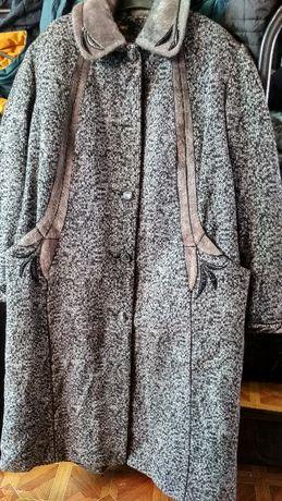 Женское пальто большого размера 60-62