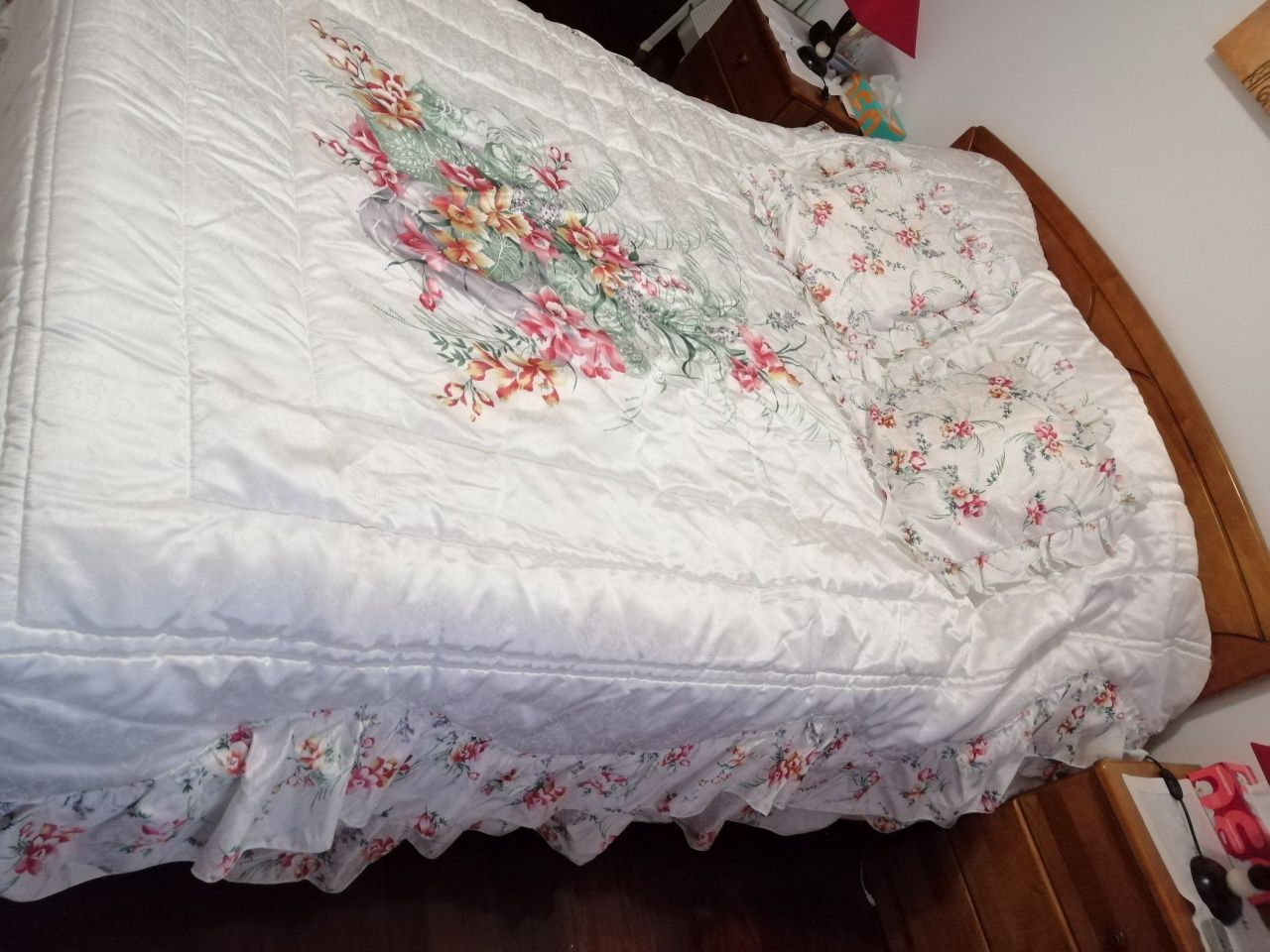 Colcha acetinada para cama casal