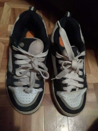 роликові кросівки Heelys