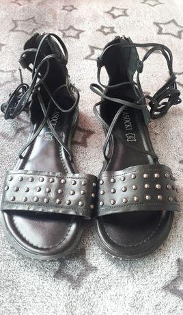 Skórzane sandały Lasocky