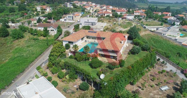 Fantástica moradia T8 com piscina interior e exterior em Gondizalves,