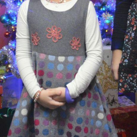 Elegancka sukienka z wełną na specjalne okazje 122/128 wiązana