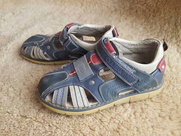 Туфли, босоножки на мальчика 29-31 р