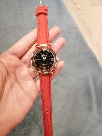 Zegarek damski czerwony