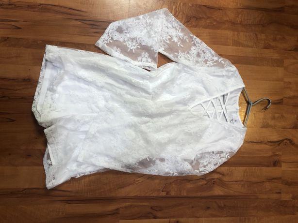 Biały koronkowy kombinezon