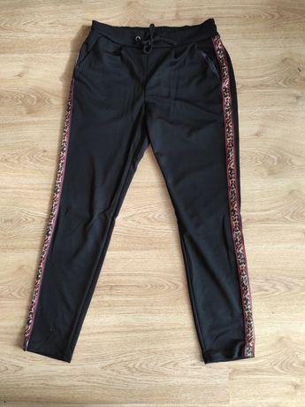 Spodnie z lampasem SML