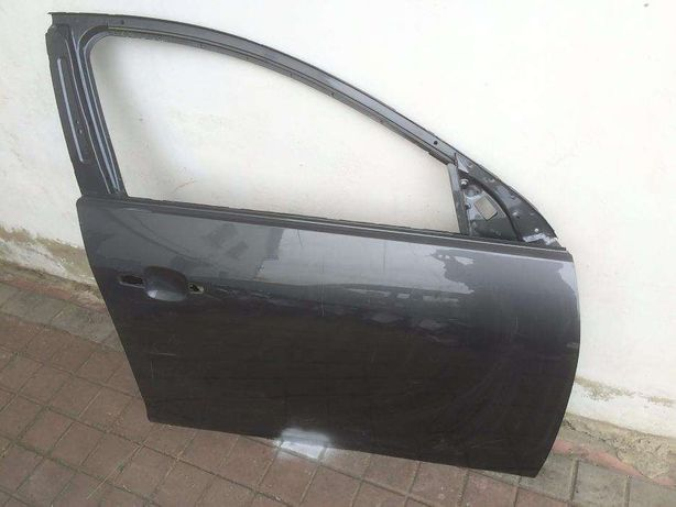 Opel insignia Опель Інсігнія Двері Передні праві BUICK REGAL