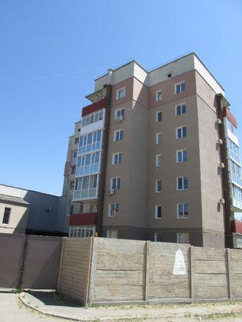 Продам 3 к.квартиры 130 кв.метра р-н Горняка в новострое.