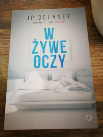 Książka W ŻYWE OCZY JP Delaney