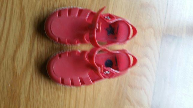 Sandálias de Borracha