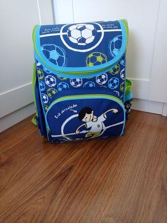 Plecak z wyposażeniem