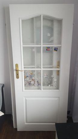 Drzwi wewnętrzne pokojowe +łazienkowe