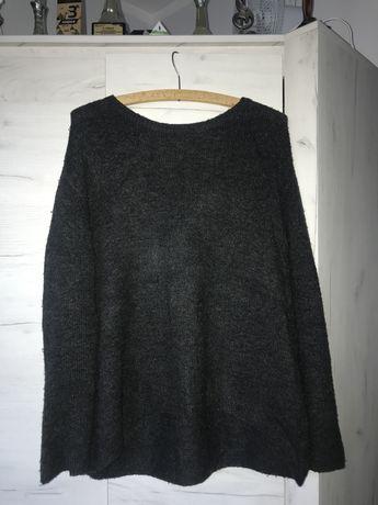 ciemnoszary sweterek