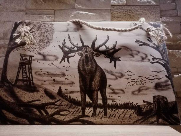 Jeleń na rykowisku obraz wypalony