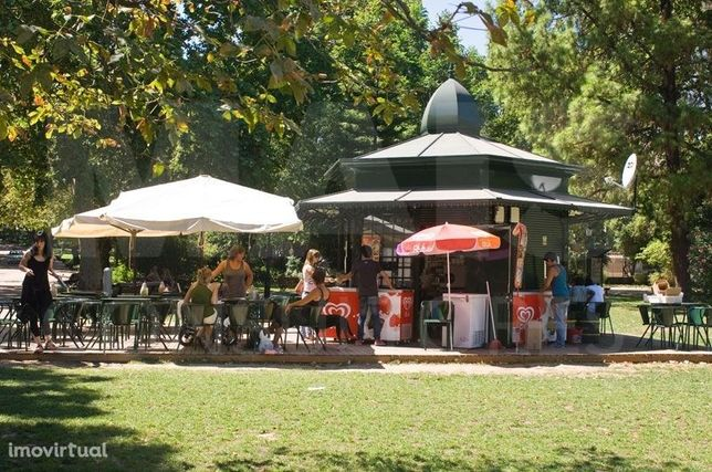 Quiosque Snack-Bar Esplanada em Zona Influente de Loures